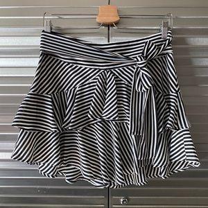 Express Tiered Striped Mini Skirt SZ 6 NWT
